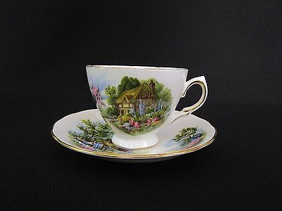 Royal Vale Cottage Tea Cups and Saucers (wu)