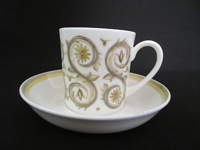 Susie Cooper Venetia-signed backstamp  Cups and Saucers (u)
