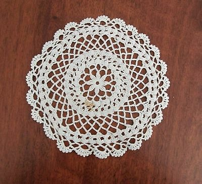 Vintage handmade crochet doily round white 20cm dream catcher GUC small stain