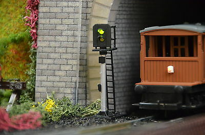 Digital Signals OO Gauge DCC Clip In Easy Fit Train-Tech