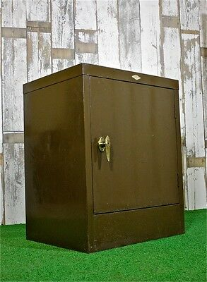 Vintage Industrial Green Metal Cabinet - Antique - Retro - Office Cabinet