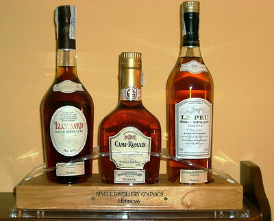 RARE OFFICIAL EXHIBITOR ♦ COGNAC HENNESSY ♦ - 3 - BOTTLES - 70 cl~40% vol.+ BOX
