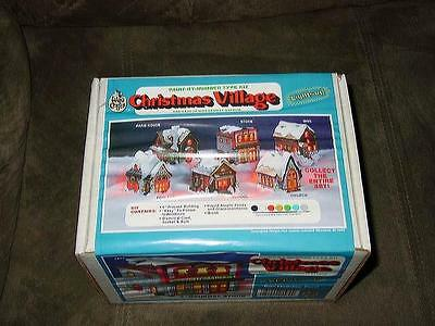 Wee Crafts Kit - Easy-To-Paint - CHRISTMAS VILLAGE GENERAL STORE (SEALED)