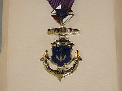 Knights of Columbus past Grand Master Pendent