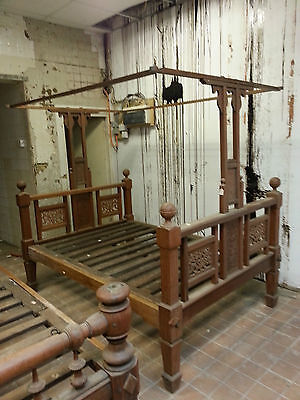 Old Antique Wooden Wood Frame Canopy Bed 5ft Frame Double Queen King Size 5'0
