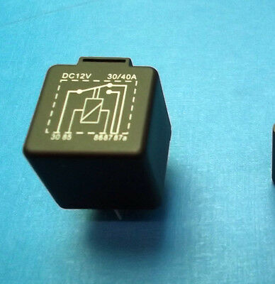 Automotive Relay 12 Volts 30 A 12Vdc 30 Amps 5 Pin Blade Changeover + Bracket