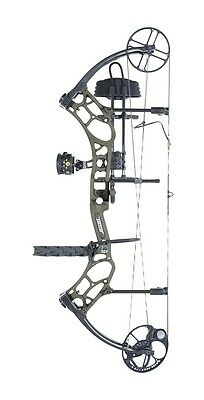 New 2016 Bear Archery Marshal RTH 70# RH Bow Package Olive