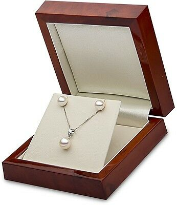 Cultured Freshwater White Pearl 7.5-8mm Pendant And 6.5-7mm Stud Earrings, 18ct