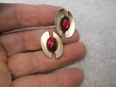 Vintage Anson Signed Goldtone Cufflinks With A Ruby Red Colored Stone