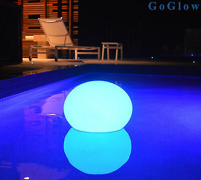 Floating Pool Pebble light - 35cm | Rechargeable | Remote Controlled