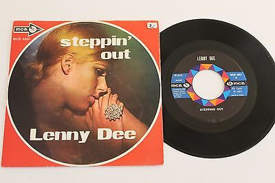 """LENNY DEE - Stepping Out / Bye Bye Blues 7"""" 1971 MCA MCS 4651 Italy press p/s"""