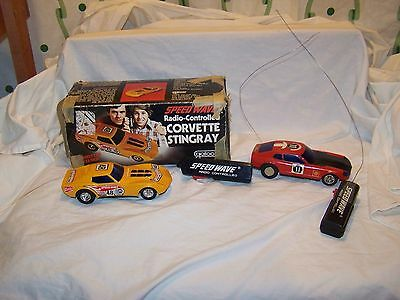 Vintage Galoob Speed Wave Radio-Controlled Stingray Corvette & Datsun 280Z