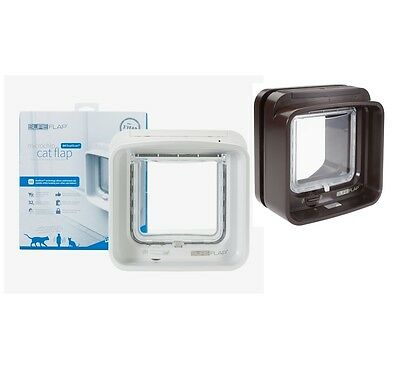 SureFlap Dual Scan Microchip Cat door, Flap dimensions - 142mm (w) x 120mm (h)