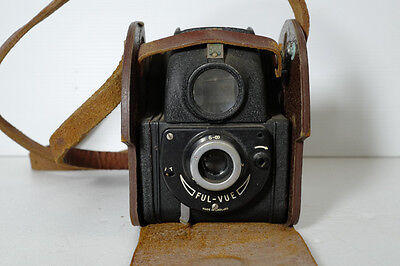 Vintage Camera Ensign Ful-Vue Collectable Film Camera With Original Case.