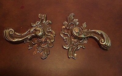 Antique Brass Pair of Back Plates & Handles For Furniture