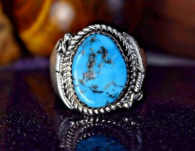 Sterling silver Navajo handcrafted ring w/ a piece of Kingman Turquoise  S - 10