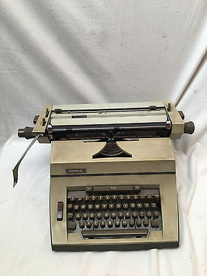 Vintage collectable IMPERIAL 90 Typewriter Desktop Grey Plastic West Germany