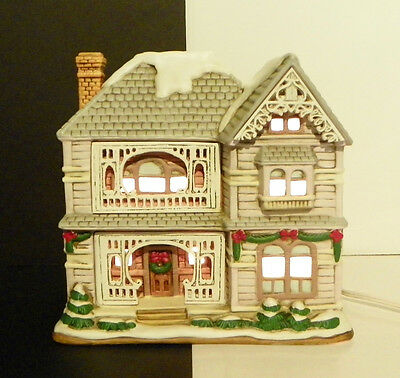 Lefton Colonial Village Mark Hall 1992 Lighted Christmas House Building 00719