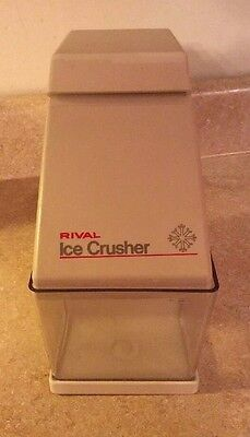 Vtg Rival 840 Electric ICE CRUSHER 840/3 Electric White Counter Top W/ Ice Cup