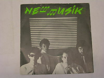 """New Musik - Straight Lines / On Islands 7"""" in picture sleeve"""