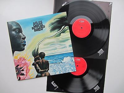 MILES DAVIS ~ Bitches Brew ~ EARLY 1980s UK RE-ISSUE ON CBS ~ 451126-1 ~ NR MINT