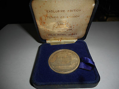 Vintage Tower of London Silver Nickel Exclusive Edition Medal / Coin 1981