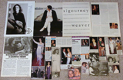 Sigourney Weaver (Aliens; Political Animals) Magazine Clippings
