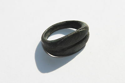ANCIENT ROMAN BRONZE MARRIAGE FINGER RING 1st  Century AD