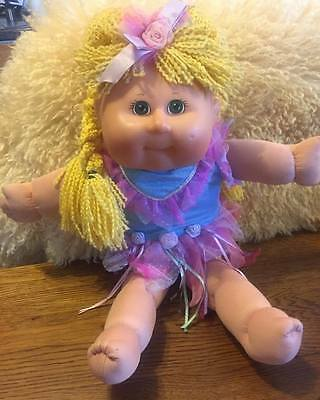 cabbage patch kids TRU Toys R Us RARE doll