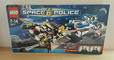 lego Space Police 3 III 5973 and 5972 both complete in Exellent condition!