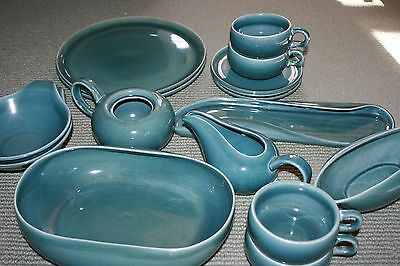 Lot of 16 piece Russel Wright Steubenville American Modern Seafoam Green Pottery