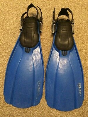 Diving equipment,Mares Power Plana SL fins size regular in Well Used-condition.