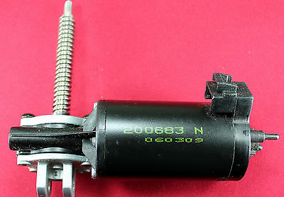 190 Rpm 12Vdc Left Angle Drive Electric Motor From Car Seats-Daewoo