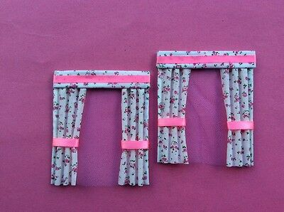 "2 pink flowered dolls house curtains  3.5"" X 4"""