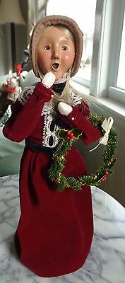 Byers Choice Caroler - 1999 - Victorian Woman with Wreath