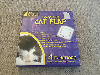 Cat Flap Here Kitty 4 Way Lockable White
