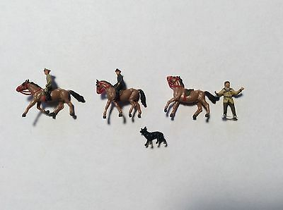 N Scale Mounted Officers And Police Dog Lot