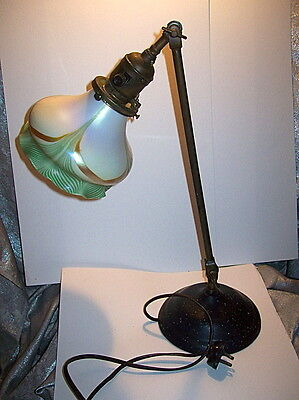 ORIGINAL ART DECO DESIGN ADJUSTABLE DESK LAMP w/ ART GLASS PULLED FEATHER SHADE