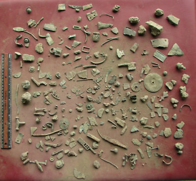 Metal Detector Finds - HUGE LOT OF ARTIFACTS       6698