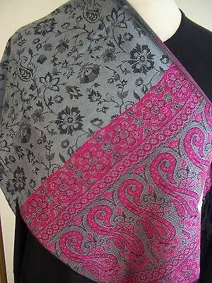New Small Floral 100% Cashmere Pashmina/Wrap/Scarf/Stole in Grey/Pink **OFFER**