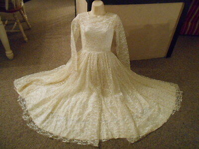 Vtg 1950's Satin & Lace  Princess Full Wide Sweep Skirt Wedding Gown Dress S