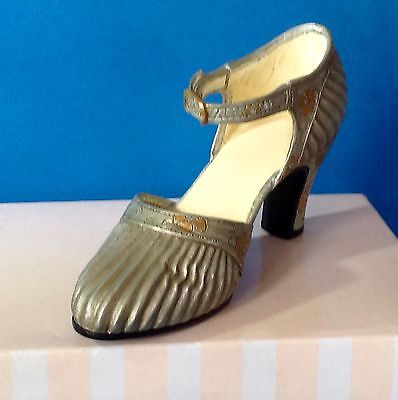 Raine-Willitts Just The Right Shoe - Sunray 25097