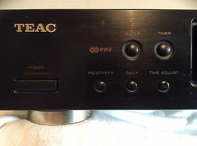 Teac T-R450 Digital Synthesizer AM/FM Stereo Tuner.