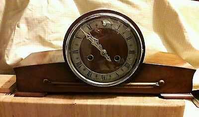 Smiths 2 Key Striking Mantle Clock Complete With Pendulum & Key In E.w.o Sm15