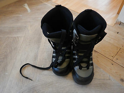 snowboard boots size 5