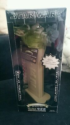 Limited Edition Giant Yoda Pez 12 inch item Number 13156 2005 Sound Effects