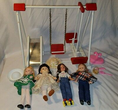 Vintage Vogue Ginny's Gym like playset with 4 Ginny's all different