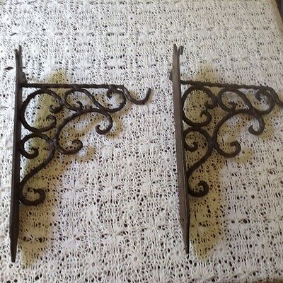 cast iron plant wall brackets