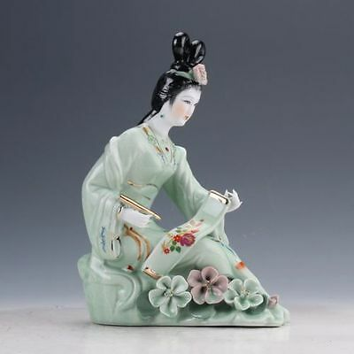 Chinese Famille Rose Porcelain Hand Painted Beautiful Gril Statue