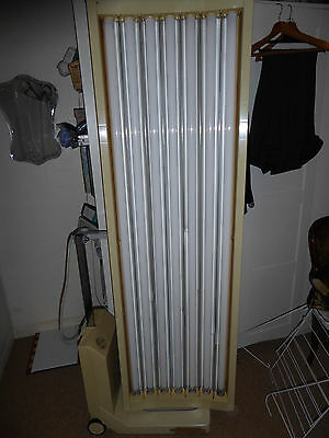 Philips Canopy Sunbed Sun Bed - with 7 x 100W Philips tubes, hardly used